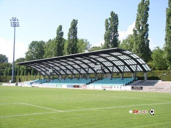 1L: allo Stade bastano 5′ per tornare al comando