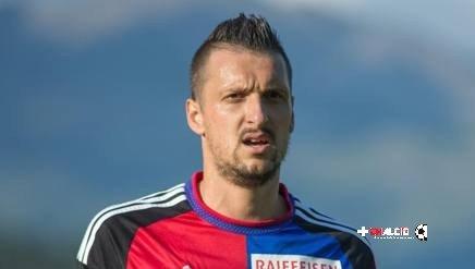 Kuzmanovic in uscita per il Basilea
