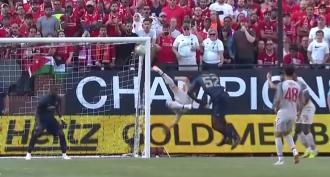 Liverpool-Manchester United 4-1, gollasso di Shaqiri (video)