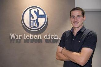 Schalke 04, Embolo ha un nuovo compagno di squadra
