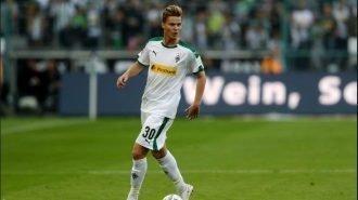 GER-1, il nazionale svizzero Nico Elvedi smentisce il rinnovo anticipato del contratto: «C'è stato un fraintendimento»