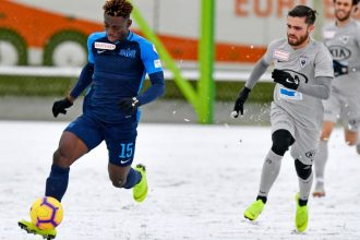 Amichevoli, pioggia di reti tra Zurigo e Aarau… sotto la neve!