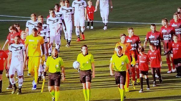 """RSL, la moviola di Neuchâtel Xamax-Lugano: corretto il rigore a favore dei rossoneri, Doudin da """"arancione"""" su Vécsei"""