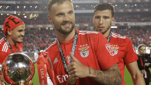 """POR-1, Haris Seferović: """"La ricetta vincente nel calcio è semplice: lavoro, lavoro e ancora lavoro"""""""