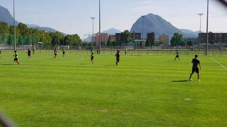 Lugano, il primo vero caldo estivo accoglie la prima con i nuovi compagni di Linus Obexer