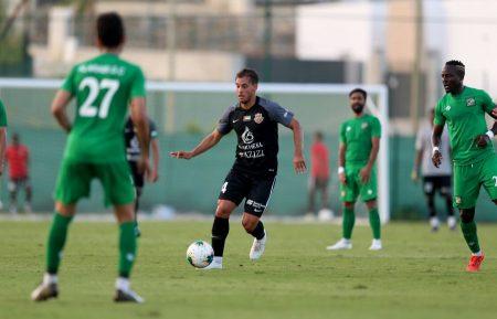 Amichevoli, debutto con successo dell'ex fantasista luganese Davide Mariani con lo Shabab Al-Ahli Dubai