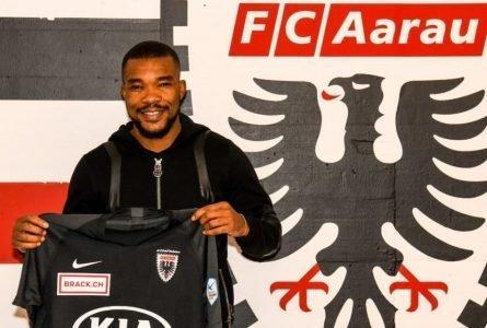 Calciomercato, l'Aarau rinforza la sua mediana e annuncia l'ingaggio dello svincolato Geoffroy Serey Dié