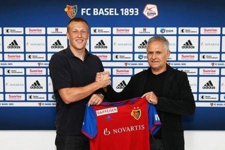 Basilea, il colombiano Éder Balanta saluta e va al Bruges: al suo posto arriva lo svedese Emil Bergström
