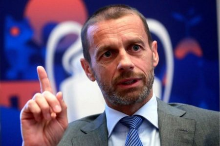 UEFA, l'attuale regola del fuorigioco: tanto «semplice» quanto aspramente criticata da più parti e tema di continua discussione